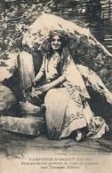 ( CPA YOUGOSLAVIE )  CAMPAGNE D'ORIENT 1914-1917 / Femme Serbe Portant De L' Eau De Source Aux Troupes Alliées - - Yugoslavia