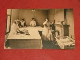 GEMBLOUX - Ecole Ménagère Henry Carton De Wiart - Section Des Filles Et Des Petits Enfants: Salle De Repassage - Gembloux