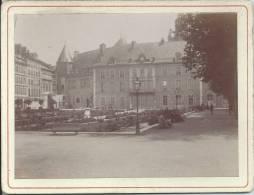 Photo Avant 1900 - GRENOBLE - Le Jardin De Ville Et L'Ancienne Mairie - Fotos