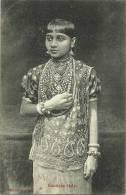 KANDIAN LADY - Sri Lanka (Ceylon)