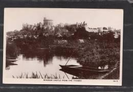 37649   Regno Unito,  Windsor  Castle  From  The  Thames,  NV - Windsor Castle