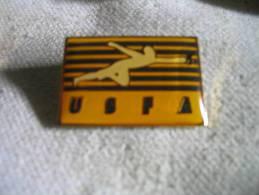 Pin's De L'Embleme De L'Escrime Americaine. USFA - Escrime