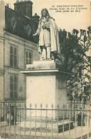 02 - CHATEAU-THIERRY - Statue Jean De La Fontaine (Vue Prise En 1914)  (J. Bourgogne, 12) - Chateau Thierry
