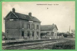 02 MESBRECOURT - La Gare - France