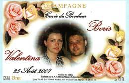 """Etiquette  Champagne    Elaboré Par Château-Malakoff - Cuvée Du Bonheur """"Valentina & Boris""""  (Fleurs Roses) - Couples"""