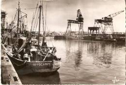 """Lorient : Le Port De Pêche De Keroman """"Bateau De Pêche Hippocampe"""" - Non Classés"""