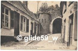 MONT-CASSEL - Ancienne Porte Du Château (1671) Avec Les Armes De La Chatellenie - Cassel