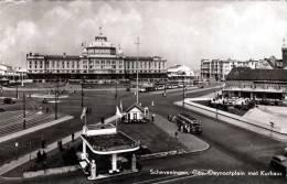 SCHEVENINGEN, Gev. Deynootplain Met Kurhaus, Shell Tankstelle, Alter Autobus, Sehr Schöne Fotokarte 1955 - Scheveningen