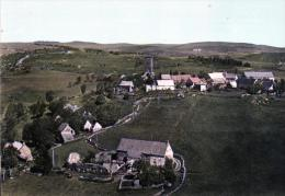 (D)   63 PUY-de-Dôme.  ANZAT-le- LUGUET. Alt.1140 M. Vue Générale Aérienne De La Tour  De Besse. - Autres Communes