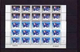 TAAF DRAPEAU  15 Timbres 0.01 Et 15 Timbres 0.02 Avec Coin Daté - Unused Stamps