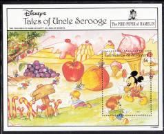 St. Vincent Grenadines MNH Scott #979 Souvenir Sheet $6 Disney's Mickey Mouse As Pied Piper Of Hamelin - St.Vincent & Grenadines