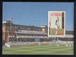 St. Vincent Grenadines MNH Scott #611 As Souvenir Sheet $3 M.D. Marshall - Cricket - St.Vincent & Grenadines
