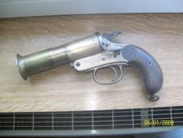 """Pistolet Lance Fusées """"webley&scott"""" 1917 - Decorative Weapons"""