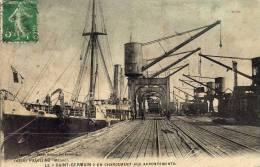 """France: Pauillac (Gironde) Le """"Saint-Germain"""" En Chargement Aux Appontements, Voyagée Sous Enveloppe, Datée Du 10/9/1915 - Pauillac"""