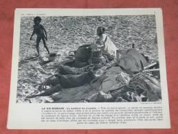.SAHARA TIBESTI 1950 REPAS TOUAREG  BASSOUR / TAIKI / GUERBA /  TOUBBOU / PROVISION ET RAVITAILLEMENT   FORMAT 24X21 CM - Lieux
