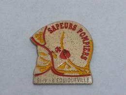Pin's SAPEURS POMPIERS DE SAINT VAAST D EQUIQUEVILLE  02 - Feuerwehr