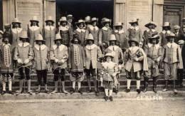Fête Historique: Grand Groupe Avec Arbalètriers. - Abbeville