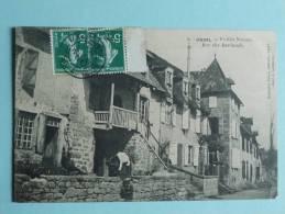 USSEL - Vieilles Maisons ,rue Des Barlauds - Ussel