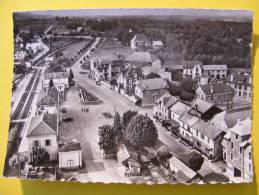 CPM La Roche-sur-Foron (74)  - La Gare - La Roche-sur-Foron