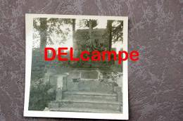Sugny   (Vresse)  Format +- 7/7  Photos - Vresse-sur-Semois