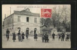 CPA Chateauneuf-sur-Sarthe, La Mairie - Chateauneuf Sur Sarthe