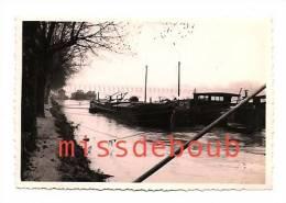 Strasbourg  1955 - Peniches, Pont , Bateau - Jolie Lumière - Photo 7 X 11 Cm - Plaatsen
