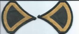 Armée US/ Deux écussons   Américain/vers 1980       ET8 - Ecussons Tissu