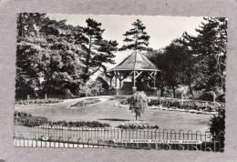 37887   Regno  Unito,  Flower Garden  -  Peoples  Park -  Grimsby,  VGSB  1963 - Non Classificati