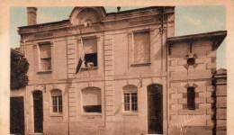 Castelnau De Medoc La Poste - Postal Services