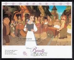 St. Vincent MNH Scott #1775 Souvenir Sheet $6 Belle Reading Book - Disney´s Beauty And The Beast - St.Vincent (1979-...)