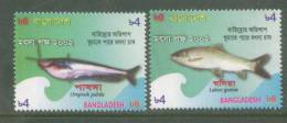 2002 BANGLADESH FISHES  MARINE LIFE SET OF 2 STAMPS  MINT NEVER HINGED. - Poissons