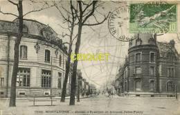 Cpa 03 Montluçon, Caisse D'Epargne Et Avenue Jules Ferry, Affranchie Olympiades 1924 - Montlucon