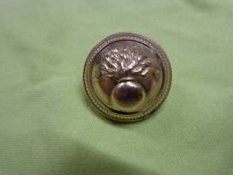 Bouton -militaire A Identier.diametre 2cm - Boutons