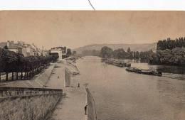 Mantes  Le Quai De La Seine - Cartes Postales