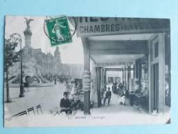 REIMS - Les Loges, Magasin De Cartes Postales - Reims