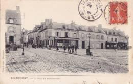 ¤¤  -   LIANCOURT   -   La Place La Rochefoucaud  -  Café Hôtel Du Commerce  -  Au Rendez-vous Du Marché  -  ¤¤ - Liancourt