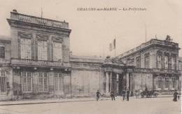 CHALONS SUR MARNE - La Préfecture 1919 Dép51 (animée) - Châlons-sur-Marne