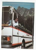 Groetjes Van RAF De Buschauffeur Raf's Reisclub Kortrijk - Meetjesland -Sticker Op Postkaart -carte Autocollante-autocar - Advertising