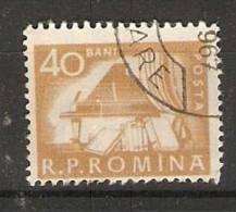 Romania 1960  EveryDay Life: Grand Piano + Books  (o) - 1948-.... Republics