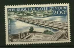 Cote D'Ivoire  PA    N° 19  Neuf  *  Cote Y & T  5,25 Euro Au Quart De Cote