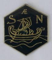 Pin's  SAEN - Le Bateau à Voile - Triére - Drakkar - Action One - C337 - Boats