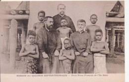 SALOMON SEPTENTRIONALES  TROIS PERES FRANCAIS DE L'ILE BUKA  (BELLE ANIMATION) - Solomon Islands