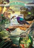nig13121b Niger 2013 Passerine Birds Hummingbird s/s Michel: 2077 / Bl.153