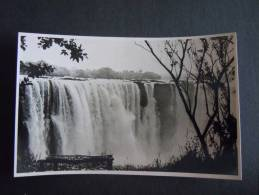 Rhodesie Victoria Falls A View Of The Main Falls From The Rain Forest Published By The Rhodesia Railways - Zimbabwe