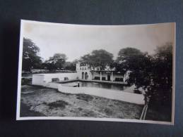 Rhodesie Victoria Falls Hotel The Swimming Pool In The Grounds Published By The Rhodesia Railways - Zimbabwe