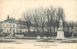 Cpa, Alfort, Ecole Veterinaire, Cour D'honneur - Maisons Alfort