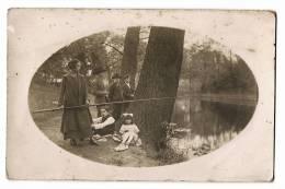 PECHE - Femme Pêchant à La Ligne En Famille - Pêche Pêcheur Fishing - Carte Vierge - Pêche