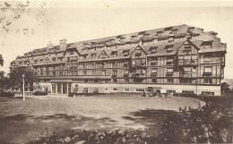 DEAUVILLE - Hôtel Du Golf - Camions Stationnés - 1937 - Deauville