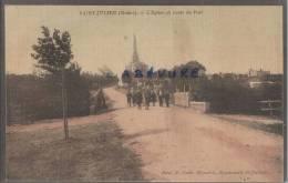33---SAINT-JULIEN (Médoc) L´église Et Route Du Port--toilée Et Colorisée--animé - France