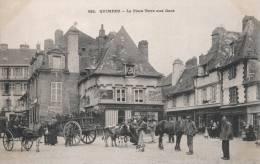 832 - Quimper - La Place Terre Aux Ducs - Villard - Quimper